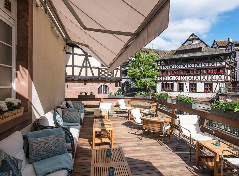3-Bar-Champagne_terrasse-2-©ZVARDON_HD